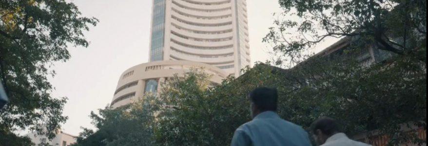 Sensex drops 627 points, Nifty ends at 14,691; Banks, RIL drag market